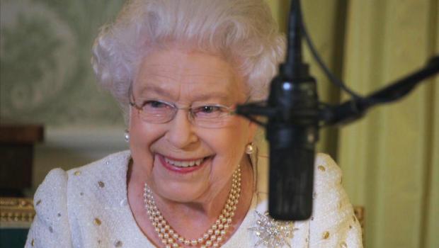 queen-elizabeth-ii-queen-of-the-world-hbo-promo.jpg