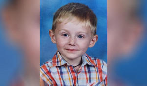 Investigators play parents' voices over loudspeakers in search for missing boy with autism