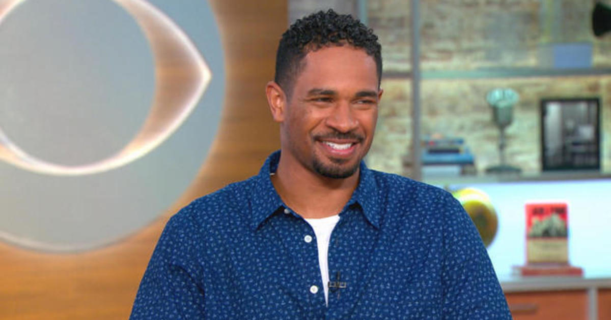 damon wayans jr on his dads quotbizarrequot quotlethal weapon