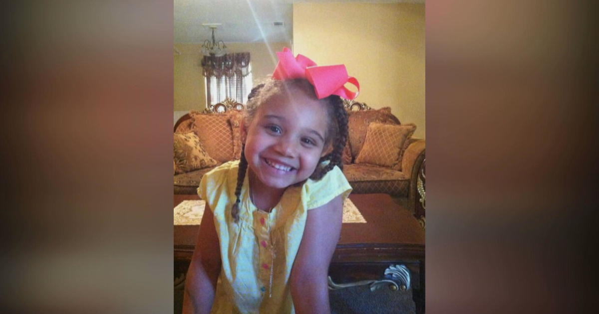 Texas couple has 10 days to find hospital willing to keep daughter on life suppo...
