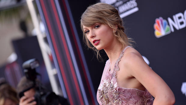 Image result for Taylor Swift Gets Political, Supports Dems in Tennessee Midterm Elections