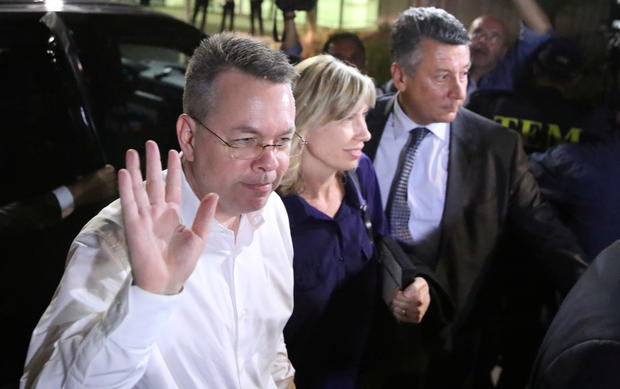 U.S. pastor Andrew Brunson and his wife Norrine arrive at the airport in Izmir