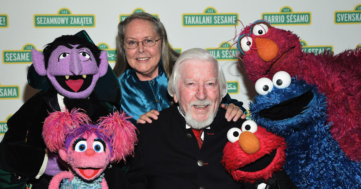 The actor who voiced Big Bird and Oscar the Grouch for nearly 50 years is saying goodbye to