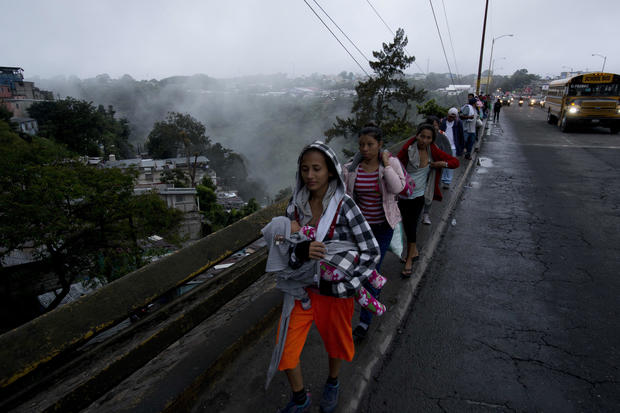 Caravan at Mexico-Guatemala border shrinks as migrants cross