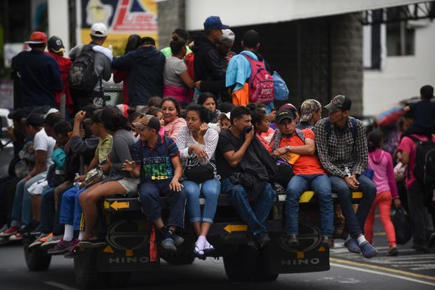 Hasil gambar untuk Migrant caravan seeks refuge