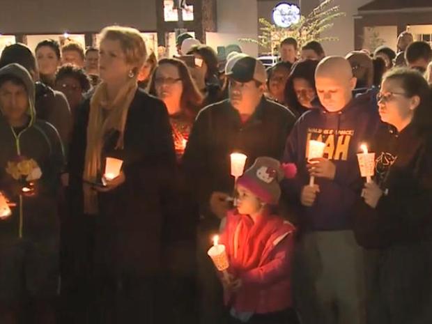 vigil-for-2-kroger-shooting-victims-in-kentucky-102518.jpg