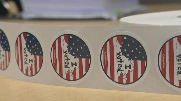 c-reid-vote-sticker-pkg-frame-4840.jpg