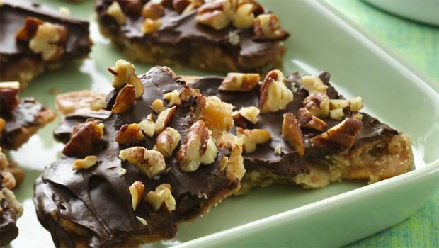 betty-crocker-kitchen-cinnamon-toast-toffee-crunch-recipe-620.jpg