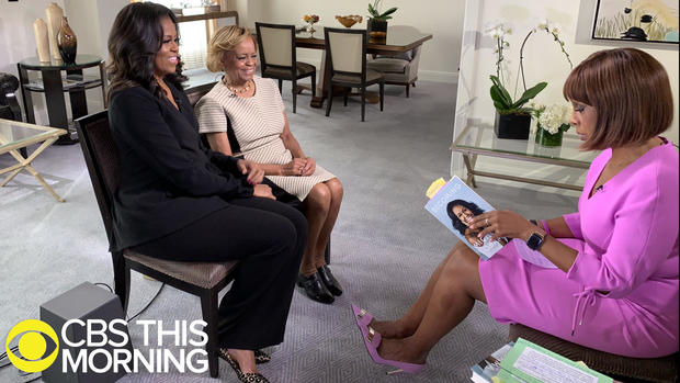 ctm-1113-gayle-michelle-obama-and-mom-marian-robinson.jpg