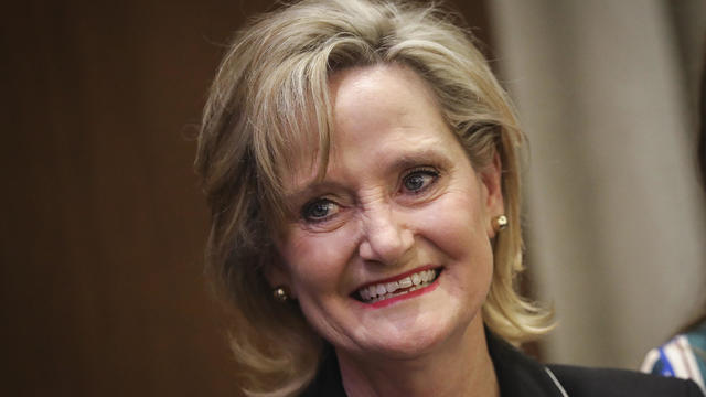 Cindy Hyde-Smith defeats Mike Espy