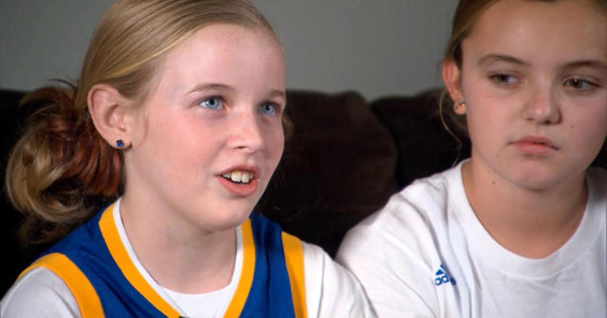 3357d4725a8 Steph Curry shoes response  Watch 9-year old Riley Morrison read the letter  she wrote to basketball star - CBS News