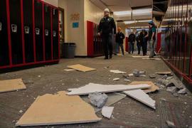 181202-school-damage-alaska-earthquake-01.jpg