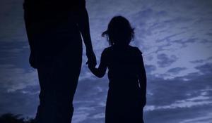 Migrant girl's death in custody prompts federal probe