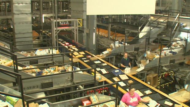 ups-worldport-sorting-facility-in-louisville-ky.jpg
