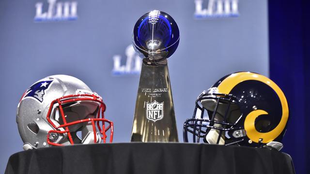 Super Bowl LIII - Rams Patriots helmets and trophy