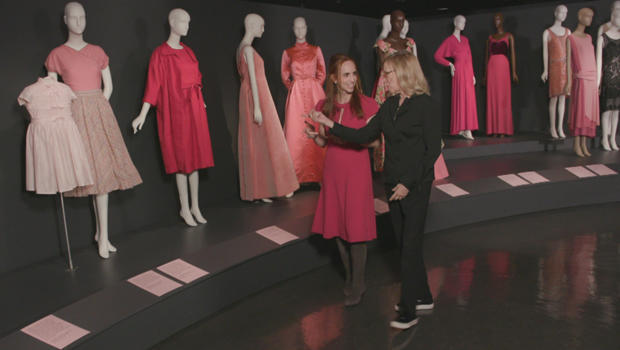 pink-fashion-institute-of-technology-exhibition-faith-salie-curator-valerie-steele-620.jpg