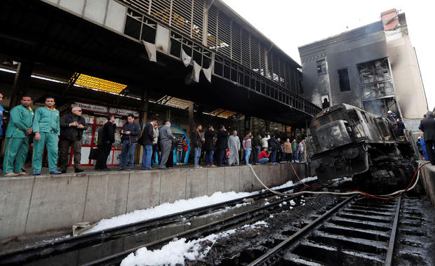 Dozens killed, at least 50 injured in Cairo train station fire
