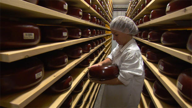 marieke-penterman-has-produced-cheeses-recognized-as-the-best-in-the-us-620.jpg