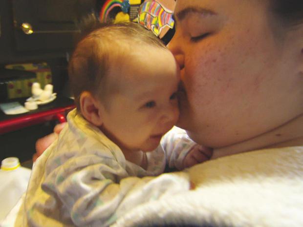 hannah-cardin-and-her-baby-finnley.jpg