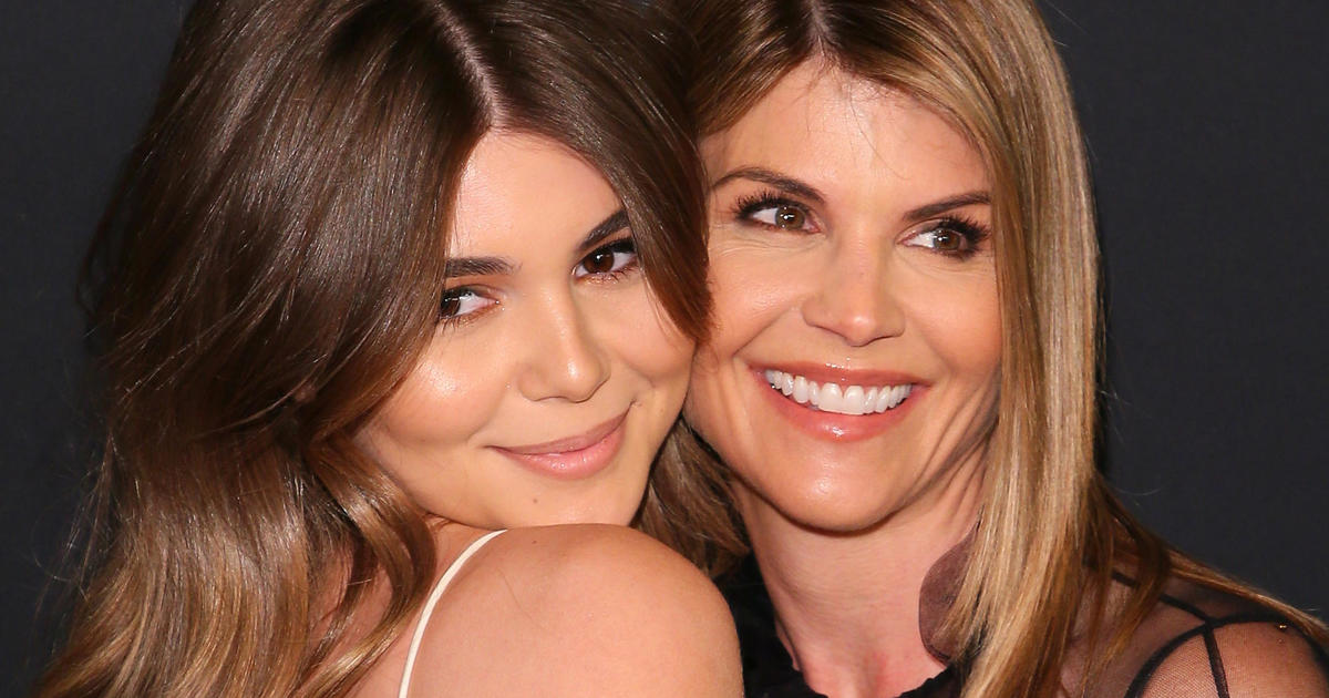 College admissions scam: Lori Loughlin and other parents sued for $500 billion by irate mom