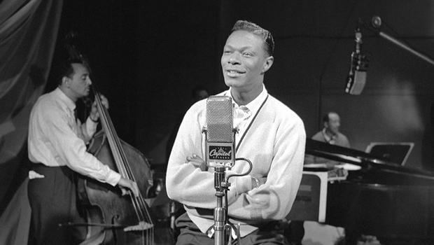 nat-king-cole-recording-a-capitol-photo-archives-620.jpg