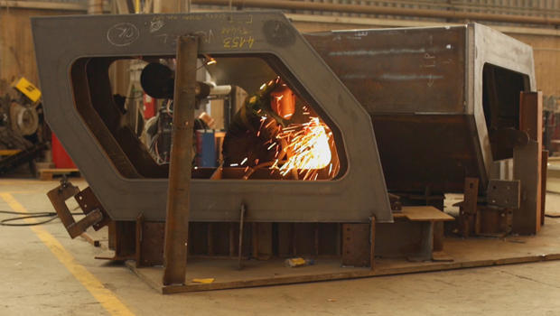 thomas-heatherwick-vessel-welders-in-italy-620.jpg