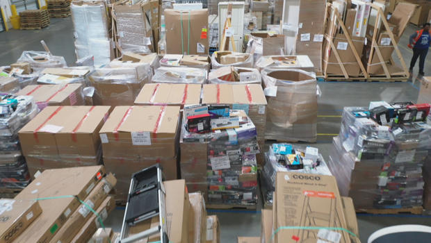 warehouse-of-returned-merchandise-620.jpg