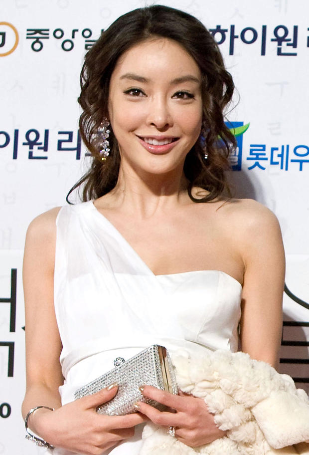 FILE: Korean Actress Jang Ja-yeon Commits Suicide