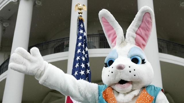 The Easter Bunny waves prior to the star