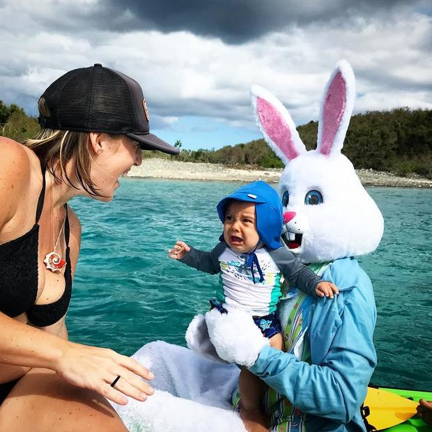 bad-bunny-wherethecoconutsgrow.jpg