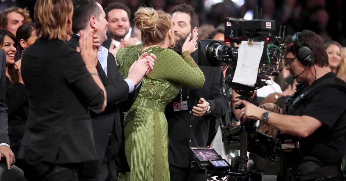 Adele and husband Simon Konecki separate - CBS News