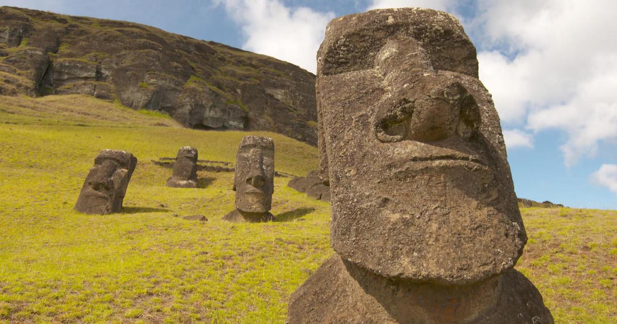 Easter Island Heads: Famous moai statues slowly fading away - 60 ...