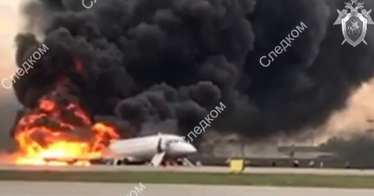 Deadly plane emergency landing today: 41 killed when Sukhoi