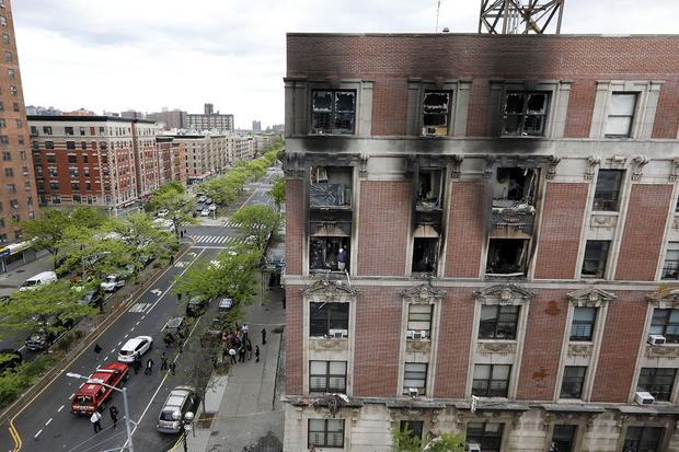 6 dead, including 4 kids, in Harlem apartment fire