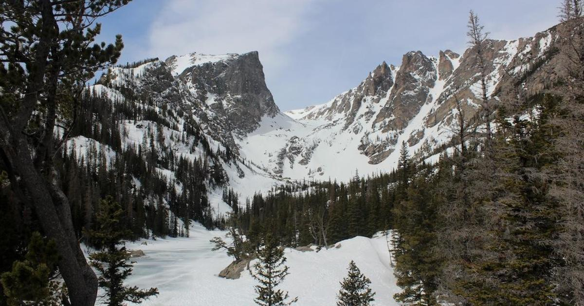 Several people caught in avalanches in Colorado national park