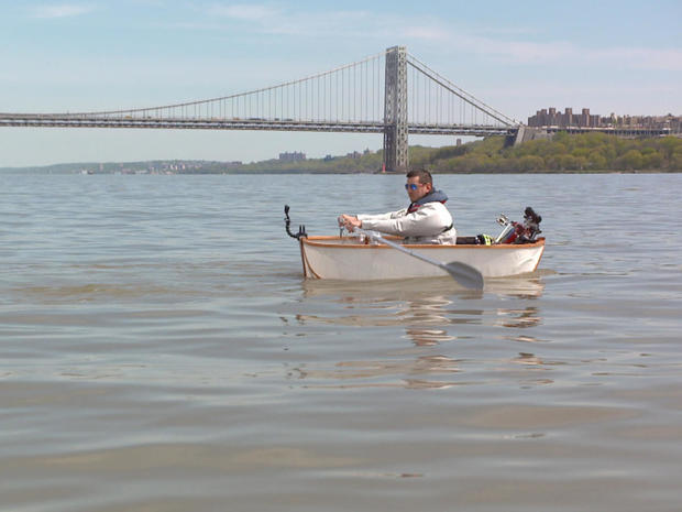 tommy-lutz-commutes-from-his-home-in-nj-to-manhattan-partly-by-boat-promo.jpg