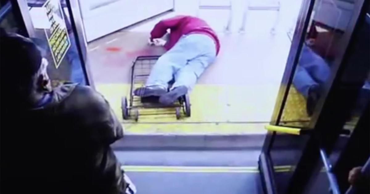 Elderly man dies after woman pushes him off Las Vegas bus - CBS News