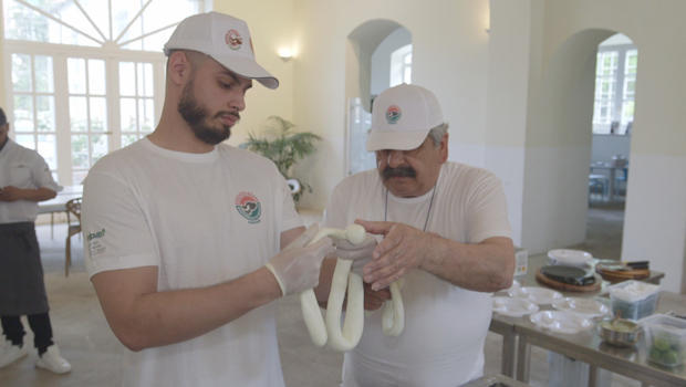 domenico-caldarone-learns-art-of-cheesemaking-at-consortium-for-the-protection-of-buffalo-mozzarella-620.jpg