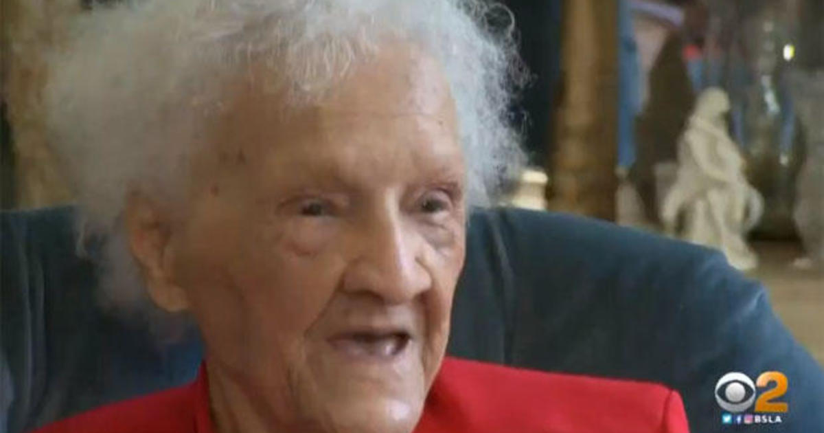 Thelma Smith: Los Angeles landlord seeks to give 102-year-old woman the boot