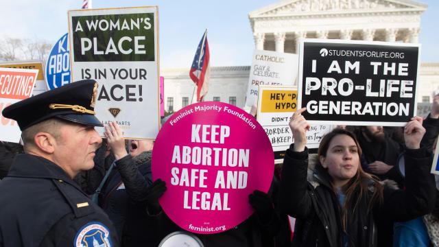 US-POLITICS-abortion-demonstration