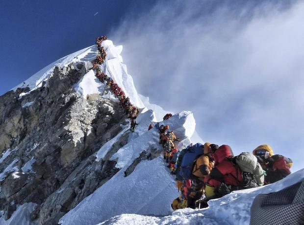 APTOPIX Everest Death