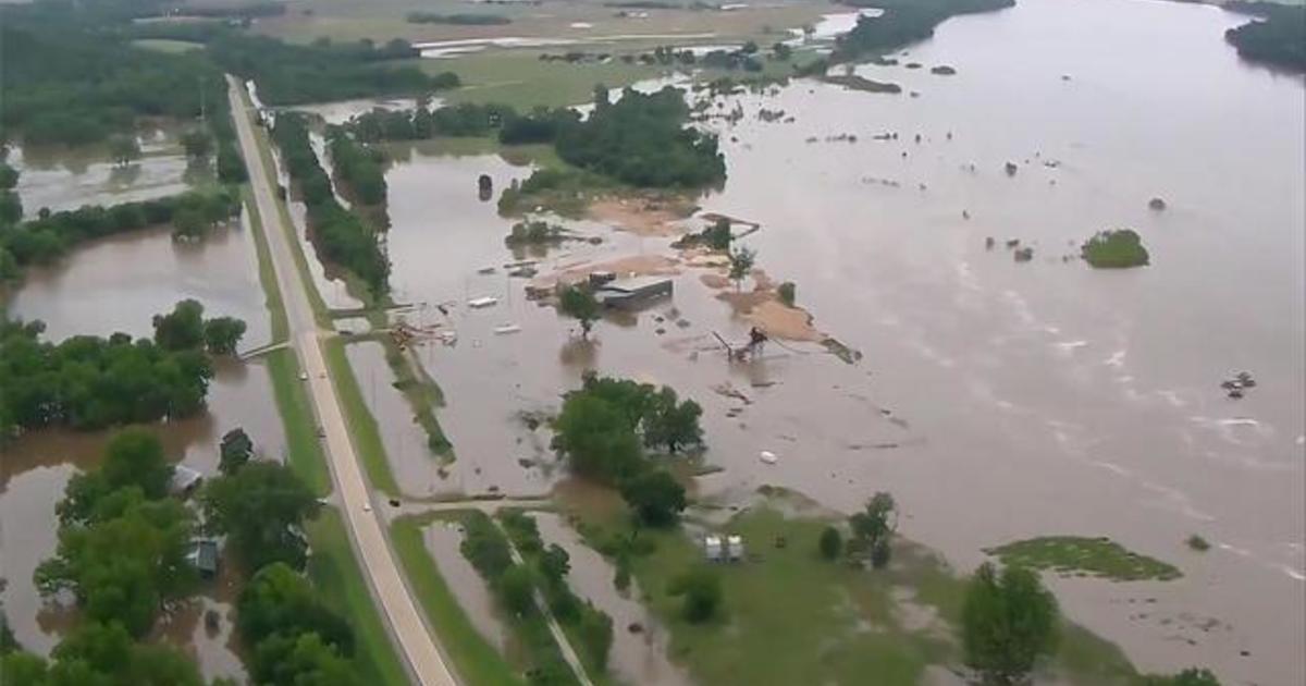 Flooding along Arkansas River leaves entire neighborhoods under water