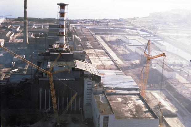Chernobyl aps, ukraine, ussr, the unit 4 reactor after it's entombment, october 1986.