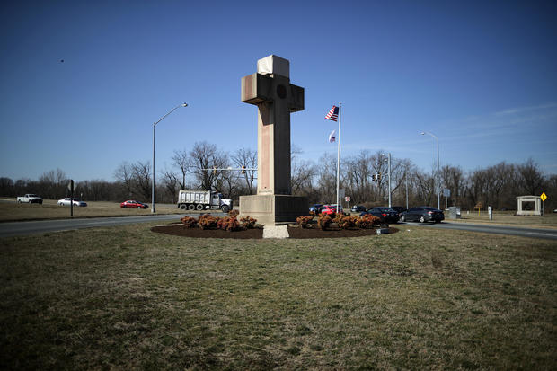 Local Government May Keep Peace Cross SCOTUS Rules