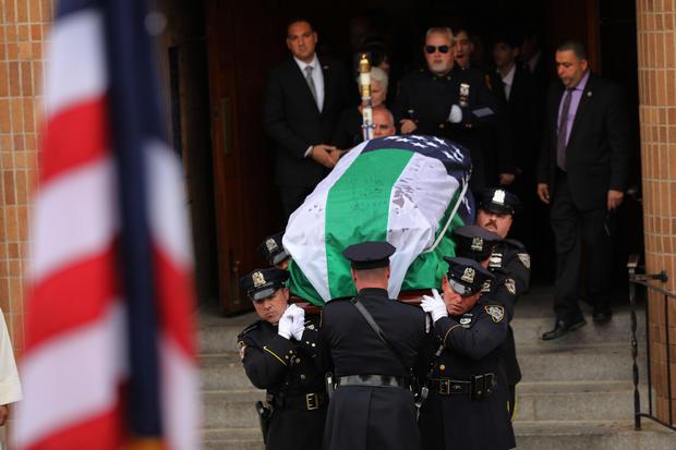 Luis Alvarez funeral