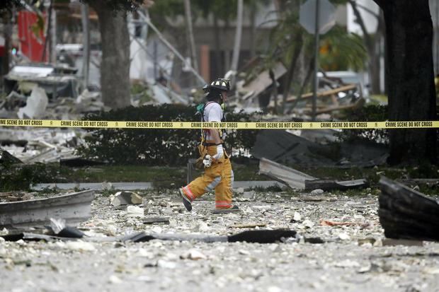 APTOPIX Shopping Center Plaza Explosion