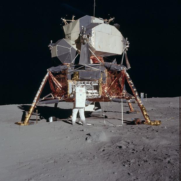 5 Spaceship No.03 Apollo lunar module Eagle No japan import
