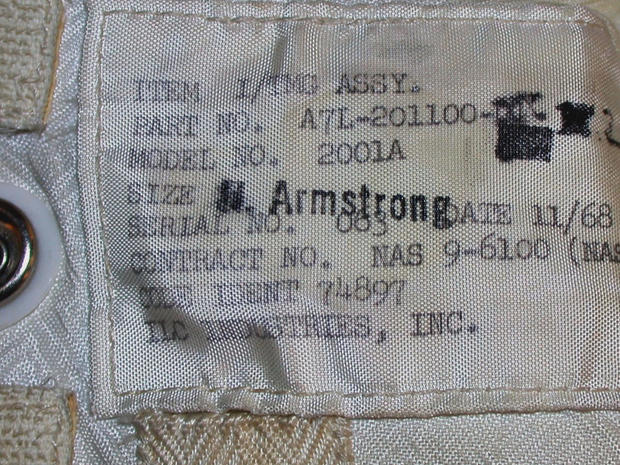 neil-armstrong-spacesuit-label-promo.jpg