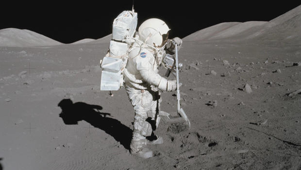 harrison-schmitt-on-the-moon-during-apollo-17-mission-nasa-620.jpg