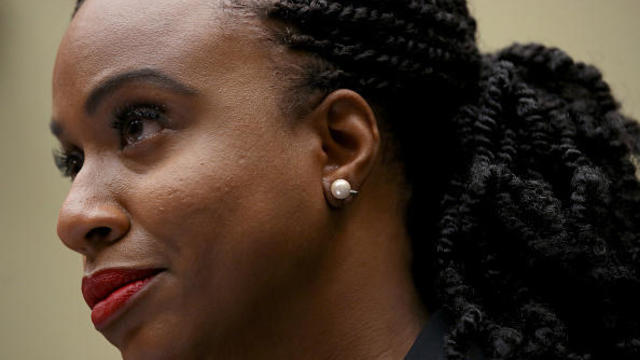 Federal death penalty: Rep. Ayanna Pressley introduces bill to ban capital punishment after Justice Department reinstates it – CBS News